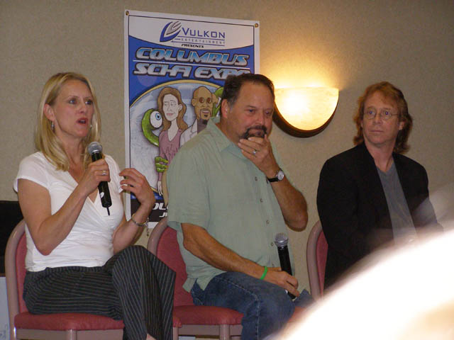 Andrea Thompson, Steven Furst and Bill Mumy at Columbus Sci-Fi Expo